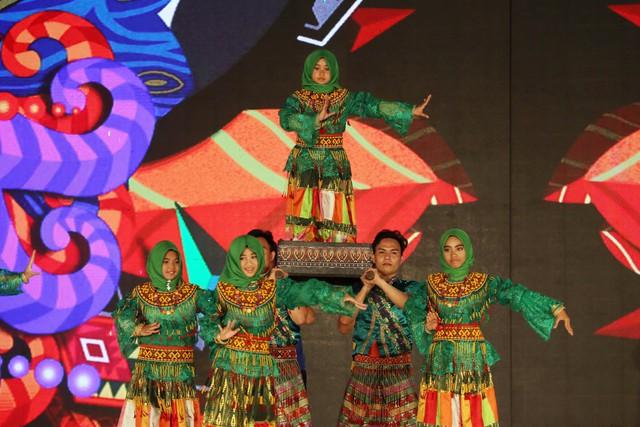 Ca sỹ Đông Nhi và thần đồng Opera nhí Phương Khanh nỗ lực tập luyện cho Gala Trái đất xanh - Ảnh 8.