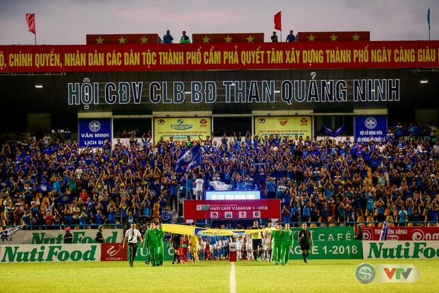 Hạ HAGL, Than Quảng Ninh củng cố ngôi nhì bảng - Ảnh 1.