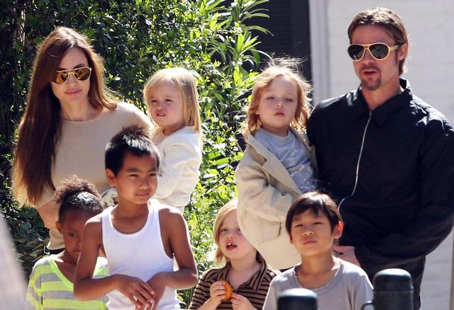 Angelina Jolie có nguy cơ mất quyền nuôi con cho Brad Pitt - Ảnh 1.