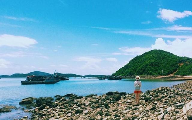 Những bãi biển tuyệt đẹp ít người biết tới ở Việt Nam - Ảnh 1.