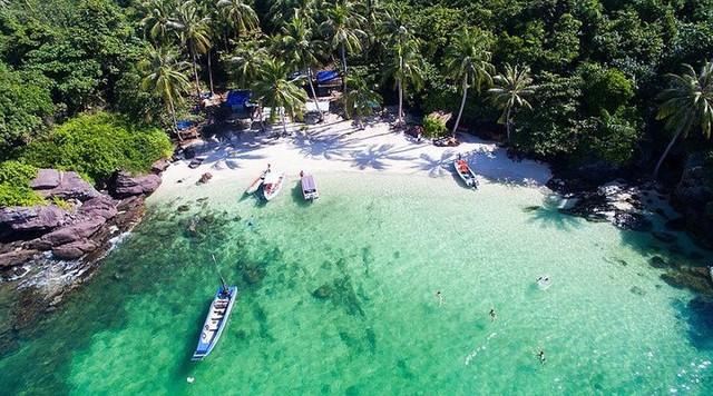 Những bãi biển tuyệt đẹp ít người biết tới ở Việt Nam - Ảnh 11.