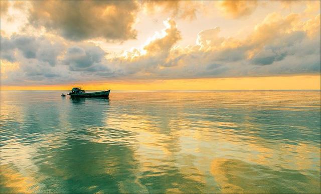 Những bãi biển tuyệt đẹp ít người biết tới ở Việt Nam - Ảnh 12.