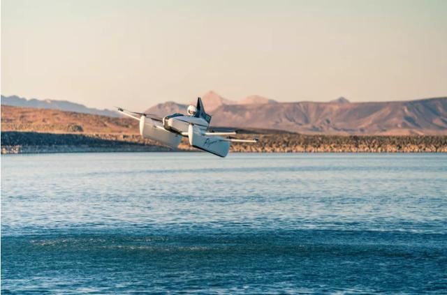 Xe bay điện của nhà sáng lập Google gây sửng sốt - Ảnh 2.