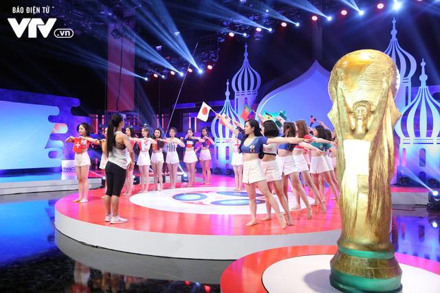 Dàn hotgirl Nóng cùng World Cup 2018 rạng rỡ trước giờ khai cuộc - Ảnh 1.