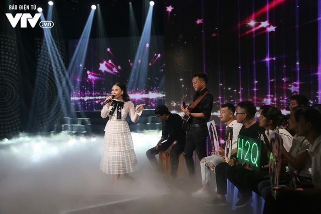 Hồ Quỳnh Hương đẹp như công chúa trong Muôn màu showbiz - Ảnh 3.