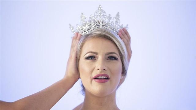 """Bất ngờ với nhan sắc """"già nua"""" của tân Hoa hậu Thế giới Hà Lan - Ảnh 2."""