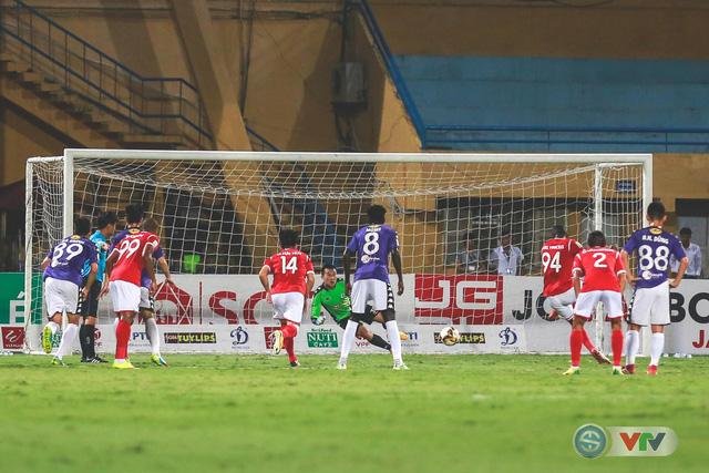 CLB Hà Nội đại thắng Than Quảng Ninh, kéo dài mạch bất bại - Ảnh 4.