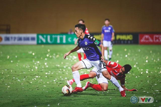 CLB Hà Nội đại thắng Than Quảng Ninh, kéo dài mạch bất bại - Ảnh 13.