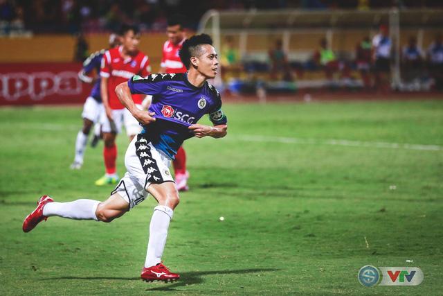 CLB Hà Nội đại thắng Than Quảng Ninh, kéo dài mạch bất bại - Ảnh 17.