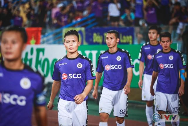 CLB Hà Nội đại thắng Than Quảng Ninh, kéo dài mạch bất bại - Ảnh 1.