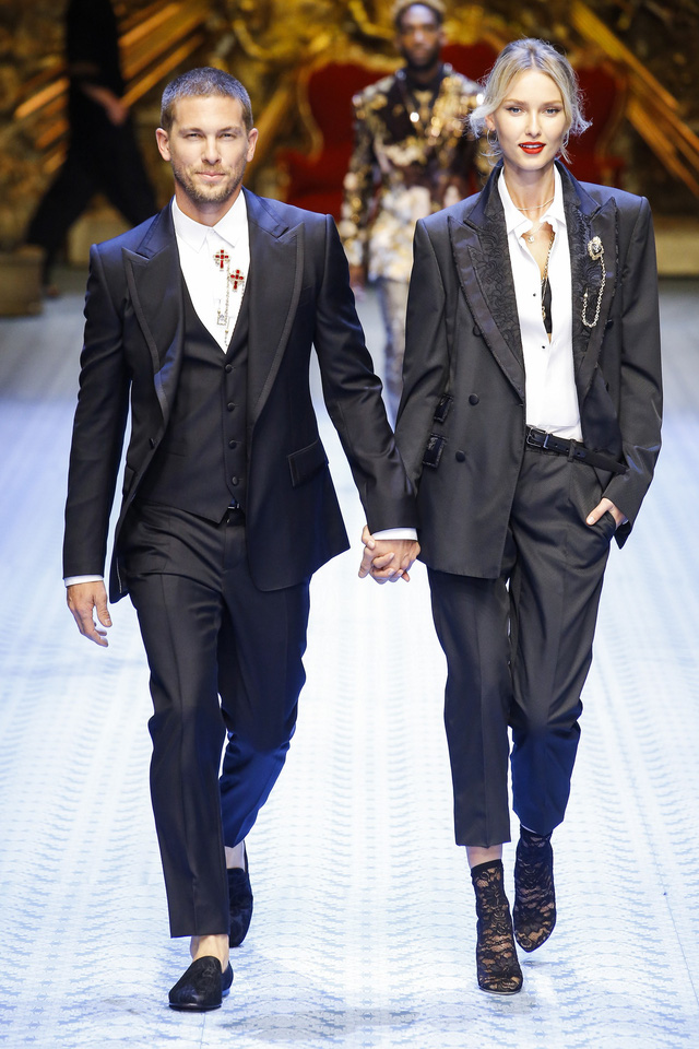 Dàn mẫu nữ U50 hội tụ trong show dành cho nam giới của Dolce & Gabbana - Ảnh 5.