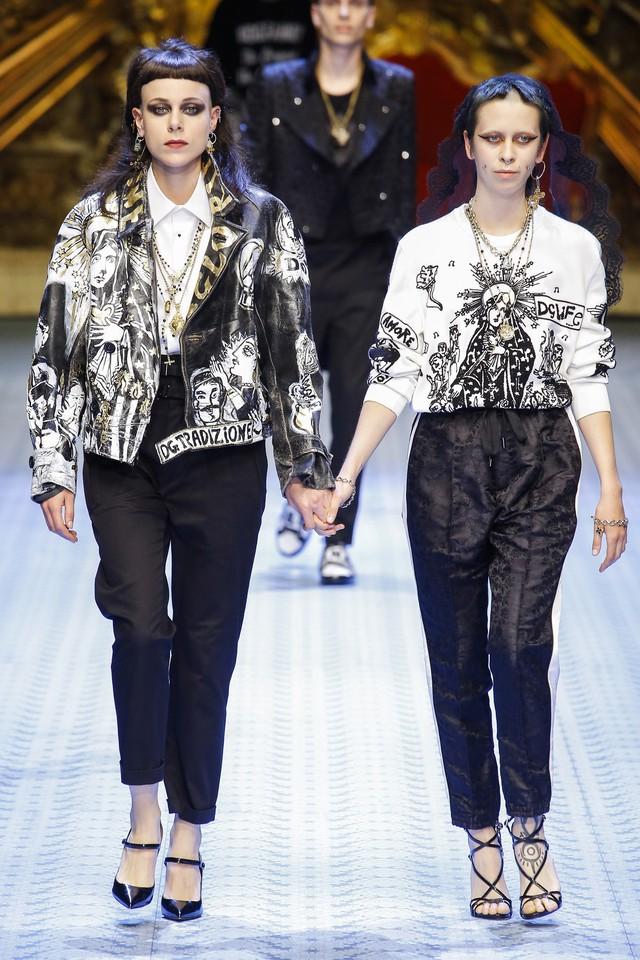 Dàn mẫu nữ U50 hội tụ trong show dành cho nam giới của Dolce & Gabbana - Ảnh 4.