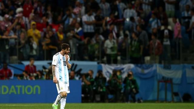 Chúng tôi cô lập Messi, không cho anh ấy nhận bóng - Ảnh 2.