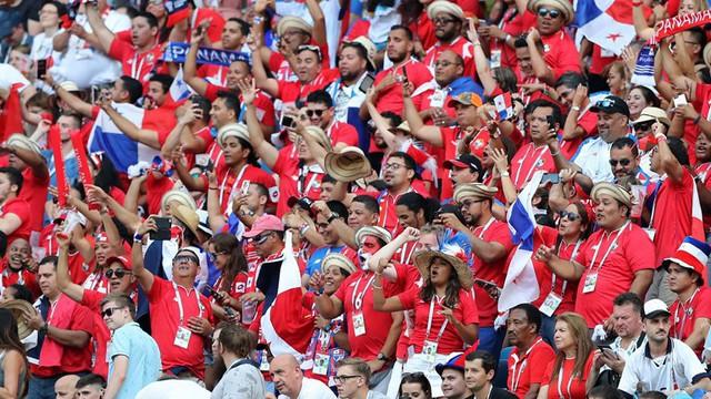 Phá lưới ĐT Anh, cầu thủ và CĐV Panama ăn mừng như thể vô địch FIFA World Cup™ - Ảnh 9.