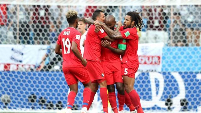 Phá lưới ĐT Anh, cầu thủ và CĐV Panama ăn mừng như thể vô địch FIFA World Cup™ - Ảnh 7.
