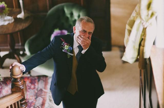 Ai cũng phải rơi nước mắt vì tình cha con trong ngày cưới của con gái - Ảnh 6.