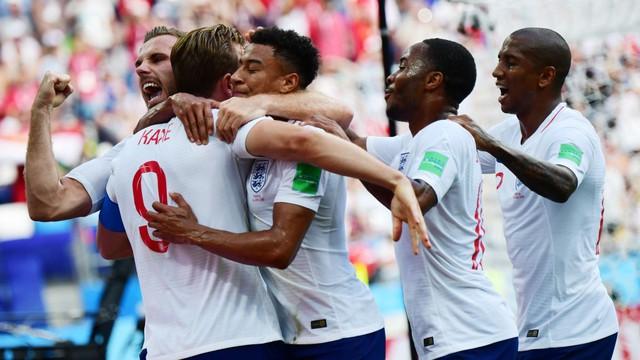 Phá lưới ĐT Anh, cầu thủ và CĐV Panama ăn mừng như thể vô địch FIFA World Cup™ - Ảnh 4.