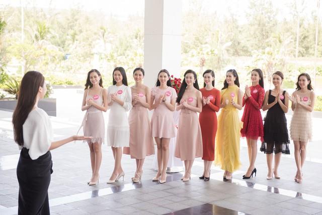 Hoa hậu Việt Nam 2018: Thí sinh lọt Chung kết bắt tay vào dự án nhân ái - Ảnh 2.