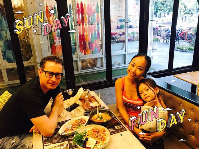 Đoan Trang bật mí về cuộc sống hạnh phúc bên chồng Tây - Ảnh 2.