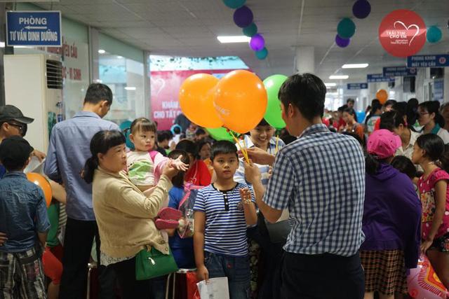 Khám sàng lọc tim bẩm sinh cho 1.750 trẻ nhỏ tại Hải Phòng - Ảnh 10.