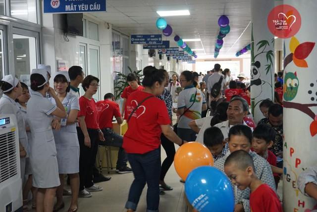 Khám sàng lọc tim bẩm sinh cho 1.750 trẻ nhỏ tại Hải Phòng - Ảnh 7.