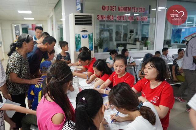 Khám sàng lọc tim bẩm sinh cho 1.750 trẻ nhỏ tại Hải Phòng - Ảnh 4.