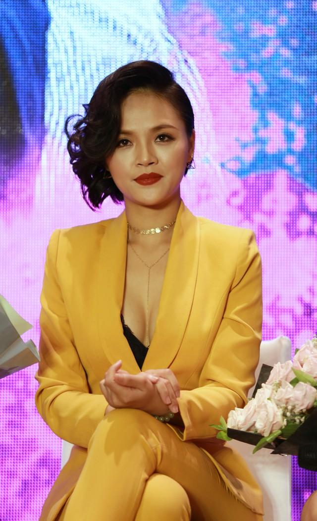 Dàn mỹ nữ xinh đẹp của Quỳnh búp bê đọ sắc - Ảnh 5.