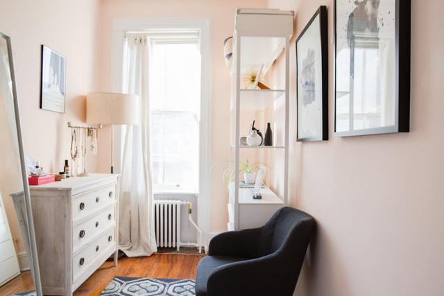 Nhặt nhạnh bí kíp tô điểm không gian sống nhỏ hẹp qua căn hộ ở Brooklyn - Ảnh 6.