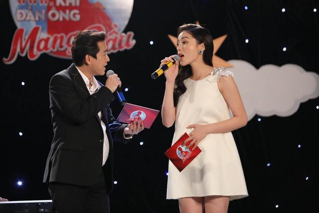 Trấn Thành ôm mặt lau nước mắt khi nhắc về bố trên sóng truyền hình - Ảnh 4.