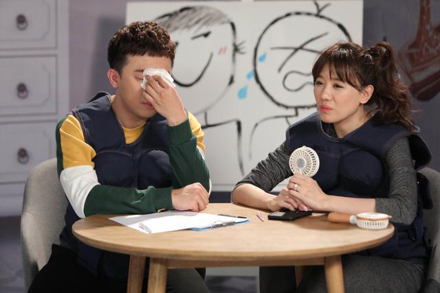 Trấn Thành ôm mặt lau nước mắt khi nhắc về bố trên sóng truyền hình - Ảnh 6.