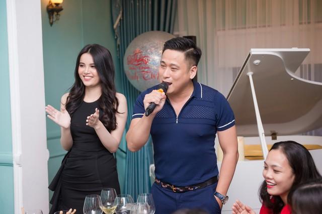 Diễn viên Minh Tiệp đón sinh nhật bất ngờ bên Á hậu Diệu Thùy - Ảnh 2.
