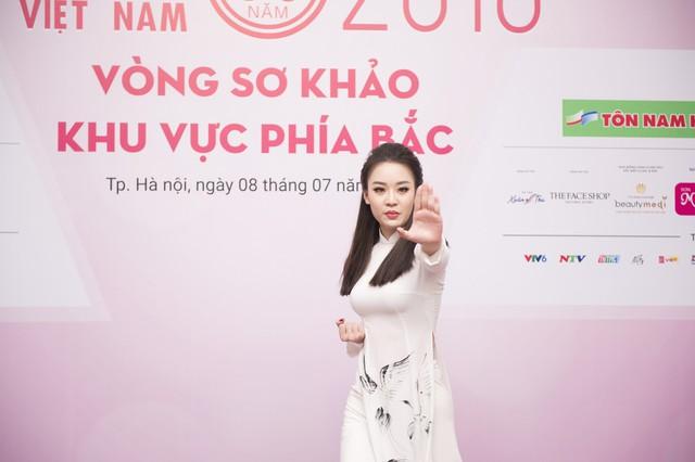 Không chỉ xinh đẹp, dàn thí sinh Hoa hậu Việt Nam 2018 còn vô cùng tài năng - Ảnh 4.
