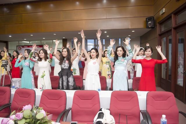 Không chỉ xinh đẹp, dàn thí sinh Hoa hậu Việt Nam 2018 còn vô cùng tài năng - Ảnh 6.
