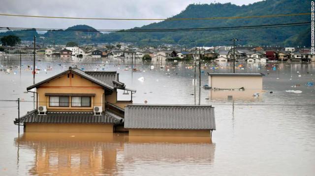 Gia tăng thương vong do mưa lũ ở Nhật Bản - Ảnh 4.