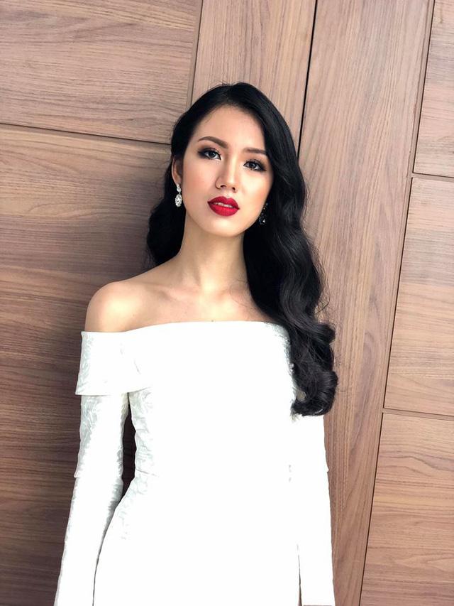 Cận cảnh nhan sắc BTV của VTV lọt Chung khảo Hoa hậu Việt Nam 2018 - Ảnh 7.