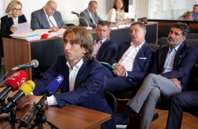 Luka Modric: Người hùng World Cup™ nhưng lại bị ghét bỏ ở quê nhà - Ảnh 1.
