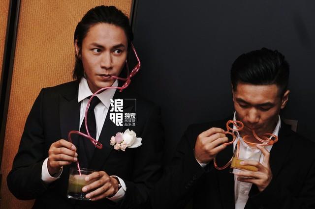 Trần Khôn bảnh bao làm phù rể trong đám cưới sao phim Hoàng Quyền: Dịch thiên hạ - Ảnh 1.