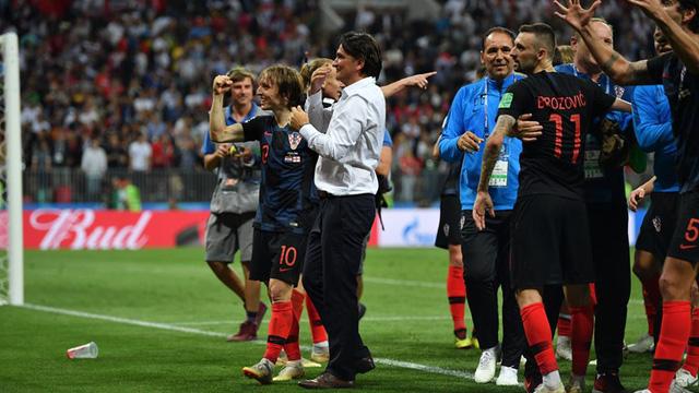 HLV Croatia tiết lộ vì sao không thay người suốt 90 phút chính thức - Ảnh 1.