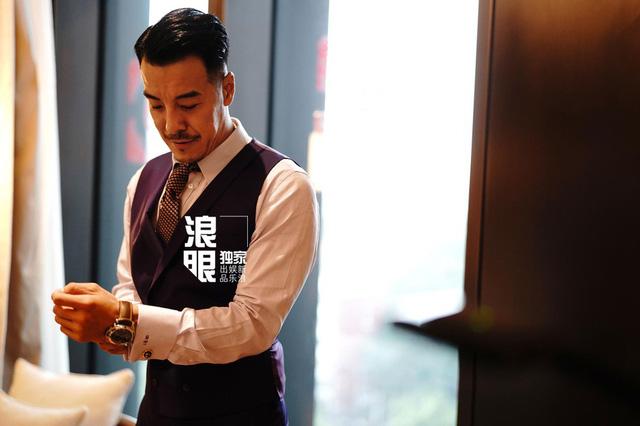 Trần Khôn bảnh bao làm phù rể trong đám cưới sao phim Hoàng Quyền: Dịch thiên hạ - Ảnh 3.