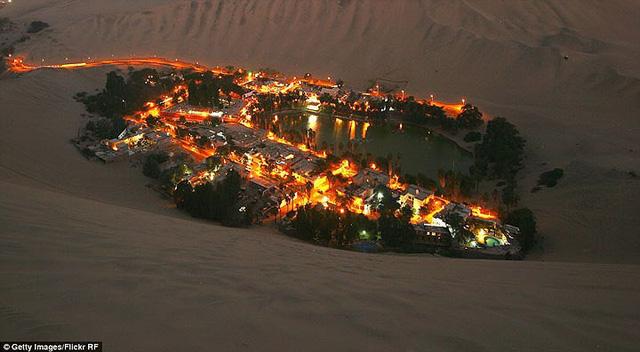 Thị trấn đầy ắp nước nằm giữa sa mạc khô cằn nhất thế giới - ảnh 11