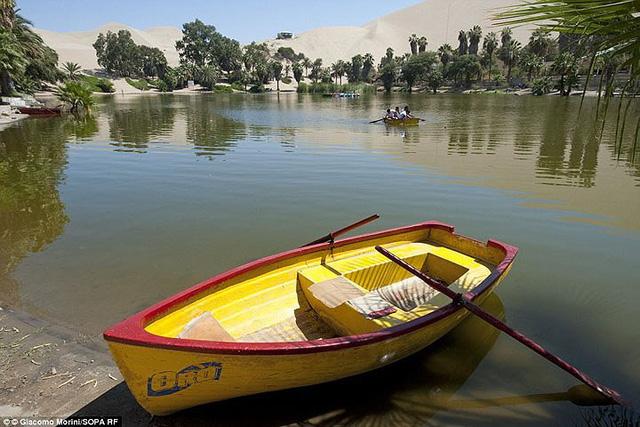 Thị trấn đầy ắp nước nằm giữa sa mạc khô cằn nhất thế giới - ảnh 4