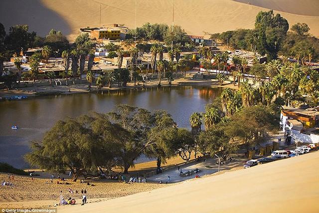 Thị trấn đầy ắp nước nằm giữa sa mạc khô cằn nhất thế giới - ảnh 5