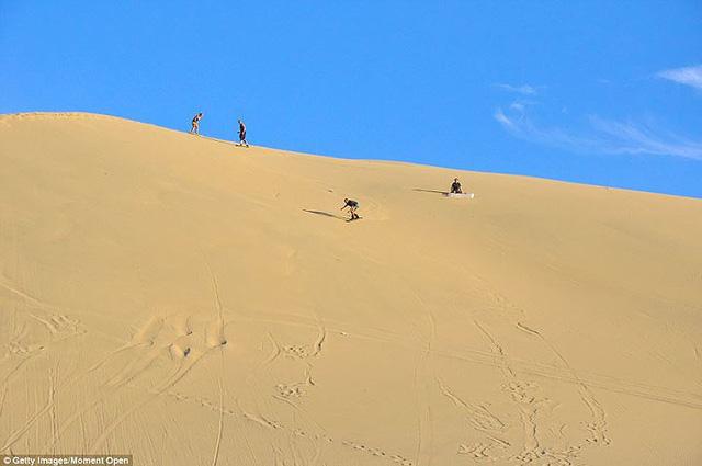 Thị trấn đầy ắp nước nằm giữa sa mạc khô cằn nhất thế giới - ảnh 8