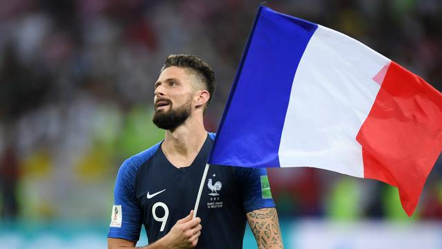 Pháp vô địch: HLV Deschamps làm nên lịch sử, Mbappe xứng danh tiểu Pele và tuyệt vời tinh thần Croatia  - Ảnh 5.
