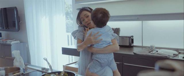 Lần đầu tiên, Thu Minh công khai hình ảnh con trai 3 tuổi trước công chúng - Ảnh 1.