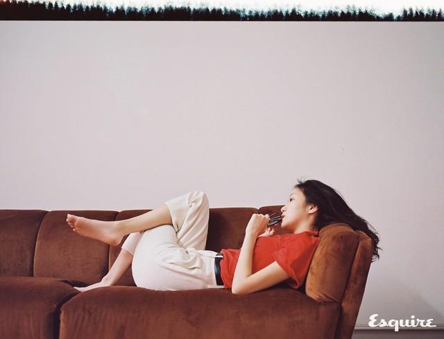 Kim Go Eun tự tin khoe mặt mộc trong bộ ảnh mới - Ảnh 7.
