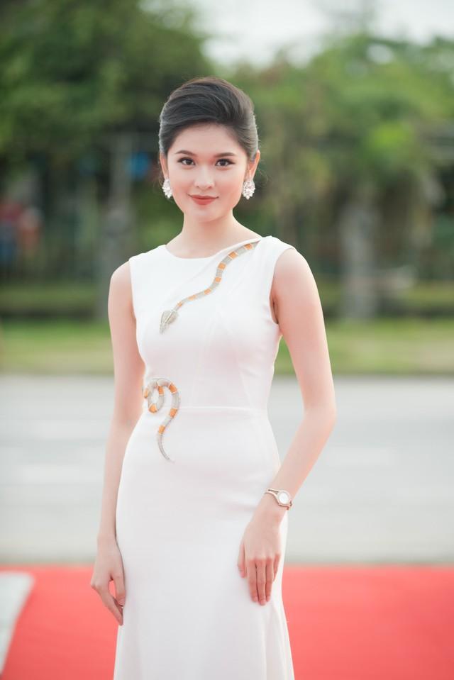 Dàn Hoa hậu, Á hậu các năm đọ sắc trên thảm đỏ CKPB Hoa hậu Việt Nam 2018 - Ảnh 3.