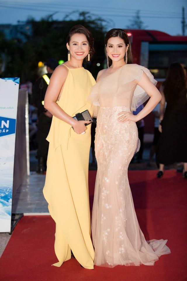 Dàn Hoa hậu, Á hậu các năm đọ sắc trên thảm đỏ CKPB Hoa hậu Việt Nam 2018 - Ảnh 5.
