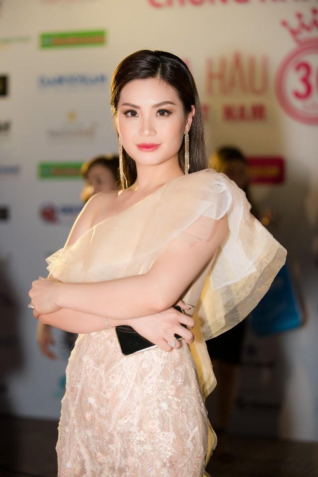Dàn Hoa hậu, Á hậu các năm đọ sắc trên thảm đỏ CKPB Hoa hậu Việt Nam 2018 - Ảnh 6.
