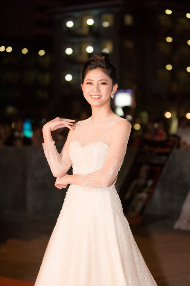 Dàn Hoa hậu, Á hậu các năm đọ sắc trên thảm đỏ CKPB Hoa hậu Việt Nam 2018 - Ảnh 2.